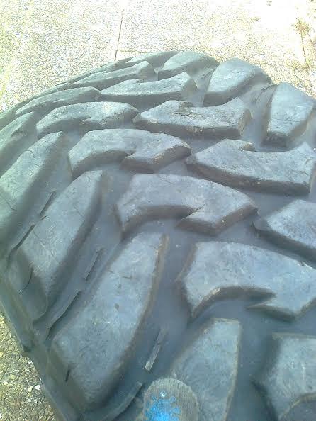 Toyo mud en 37x13,5 R17 Unname12