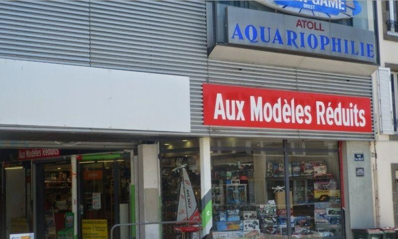 """Changement d'adresse du magasin """"Aux Modèles Réduits"""" à Brest 29200 2015-011"""