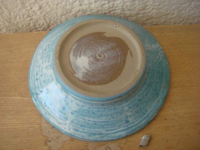 Any ideas...sgraffito ? small dish...unmarked...well made Copied29