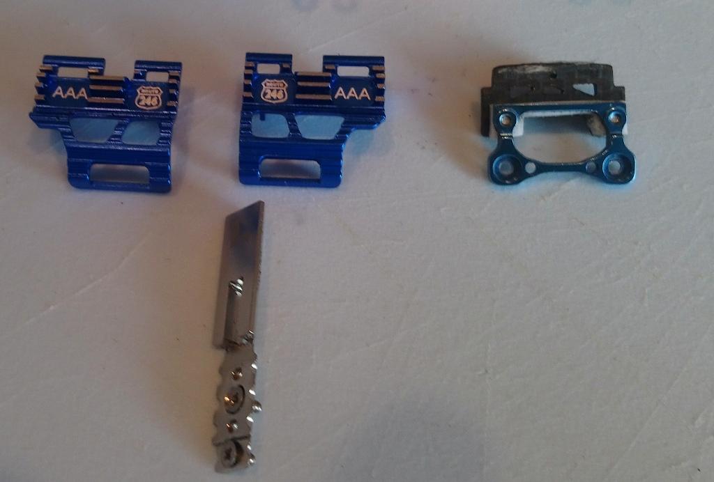 Vente de pièces pour MR03 04_cli10