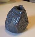 small rock like pot Ku67f10