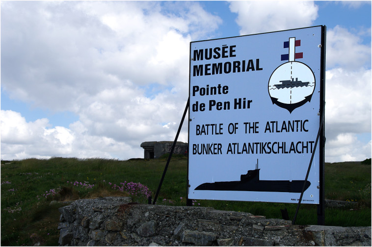 La pointe de Penhir - mémorial de la bataille de l'atlantique . Pointe10