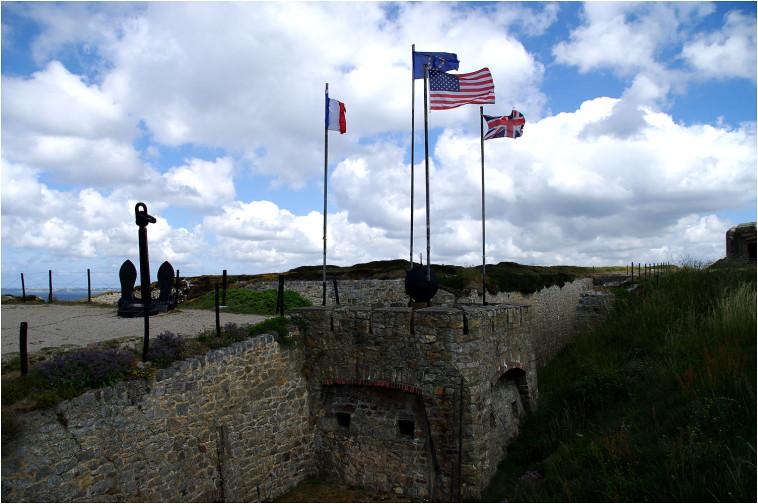 La pointe de Penhir - mémorial de la bataille de l'atlantique . Pointe12
