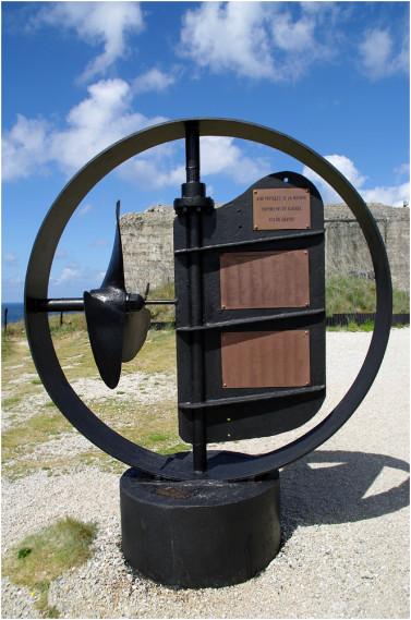 La pointe de Penhir - mémorial de la bataille de l'atlantique . Pointe14