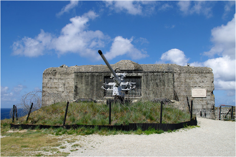 La pointe de Penhir - mémorial de la bataille de l'atlantique . Pointe16