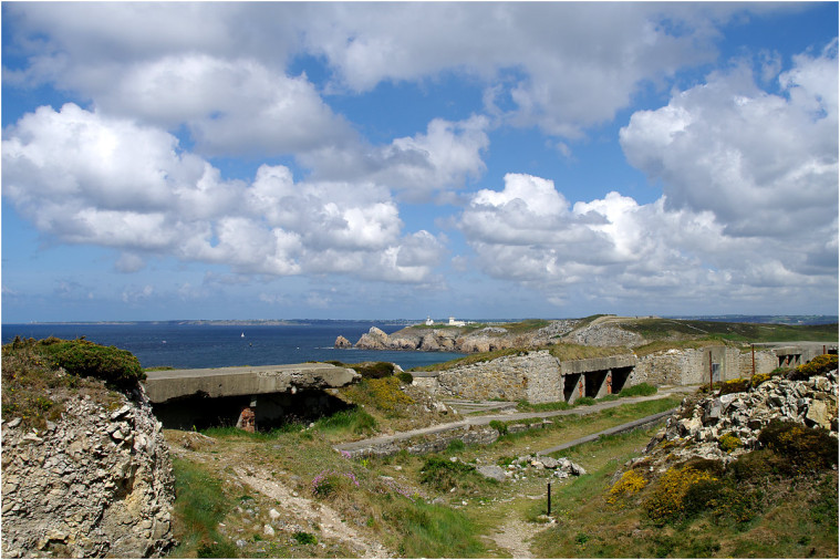 La pointe de Penhir - mémorial de la bataille de l'atlantique . Pointe17