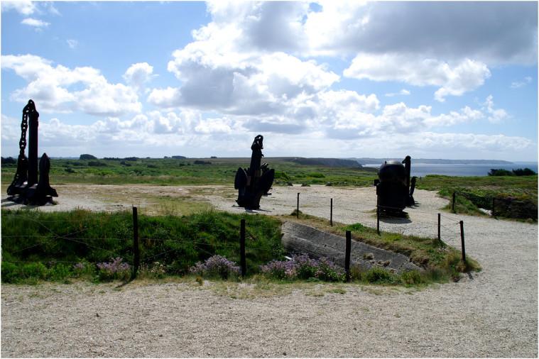 La pointe de Penhir - mémorial de la bataille de l'atlantique . Pointe19