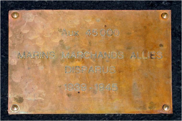 La pointe de Penhir - mémorial de la bataille de l'atlantique . Pointe20