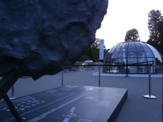[Exposition] Philae se pose sur les Champs-Elysées / 10 au 25 mai 2015 P5100110