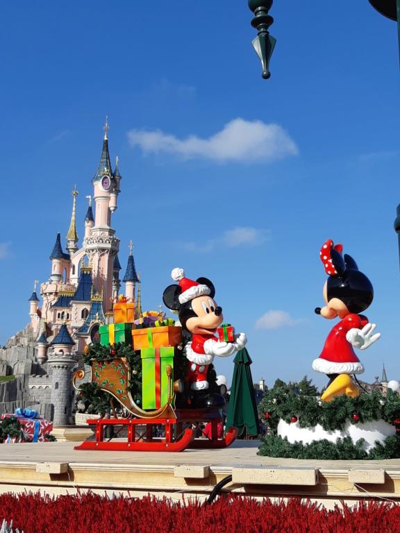 [Saison] Le Noël Enchanté Disney : une célébration Mickeyfique (2018-2019) - Page 7 20181120