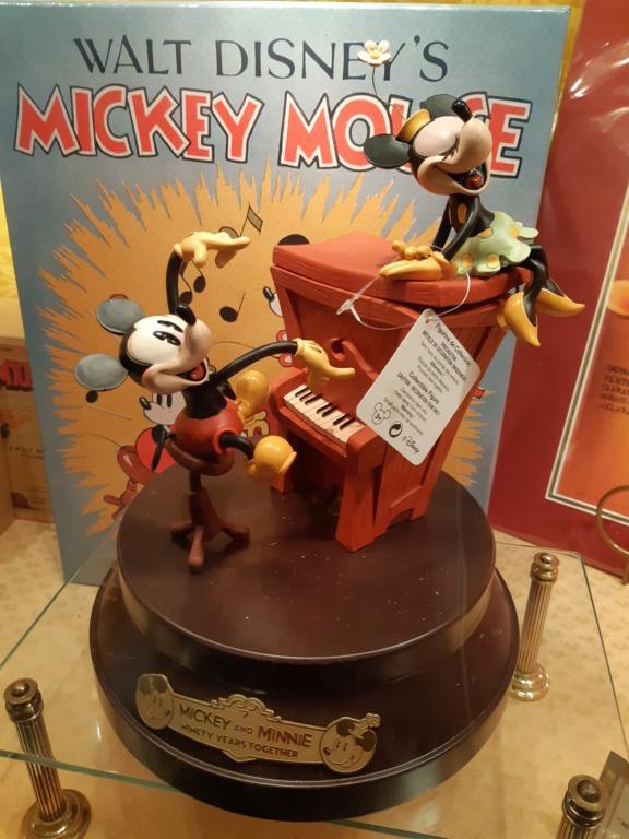Anniversaire - Le jour J approche: le 18 novembre 2018, jour de l'anniversaire de Mickey (90 ans) - Page 4 20181162