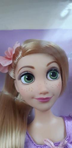 Les poupées classiques du Disney Store et des Parcs - Page 30 20200861