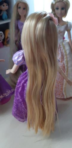 Les poupées classiques du Disney Store et des Parcs - Page 30 20200863