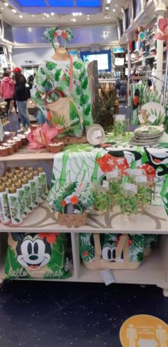 [Boutique Disney Store] Champs Elysées à Paris - Page 6 20210511