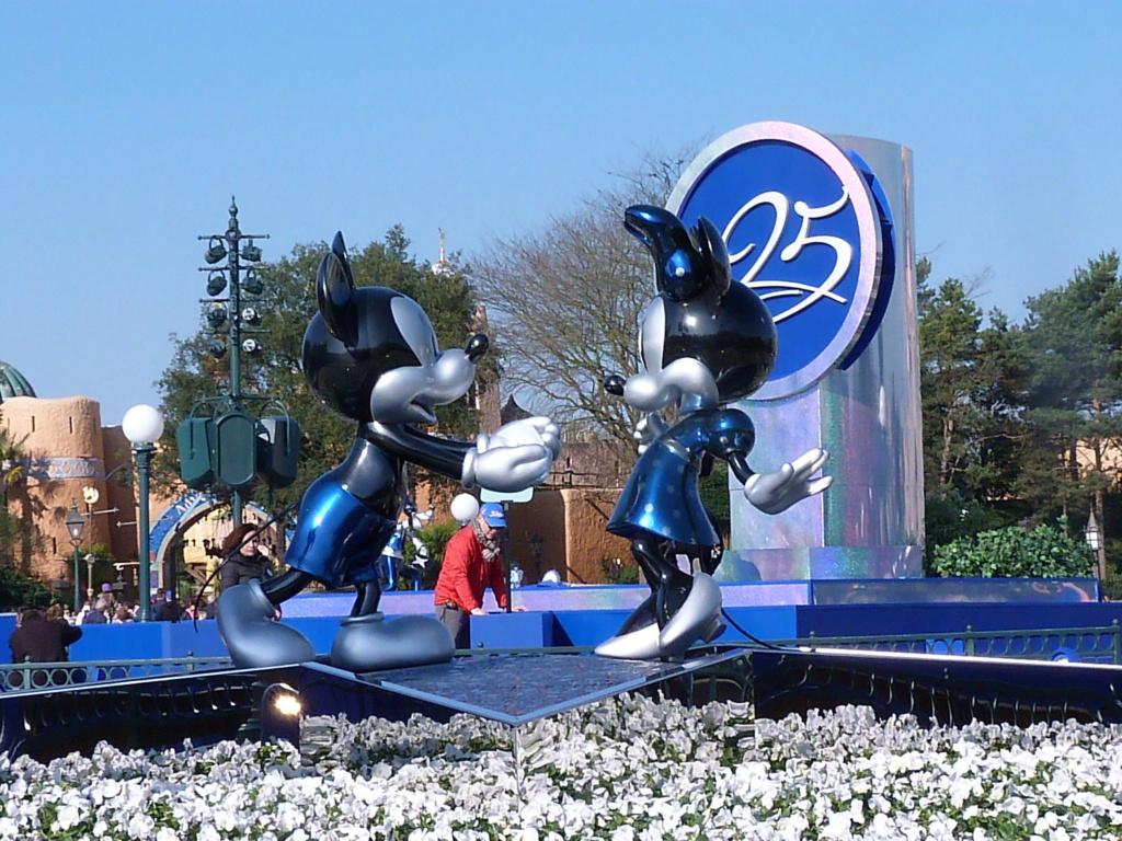 [Saison] Le Noël Enchanté Disney : une célébration Mickeyfique (2018-2019) - Page 7 P1540110
