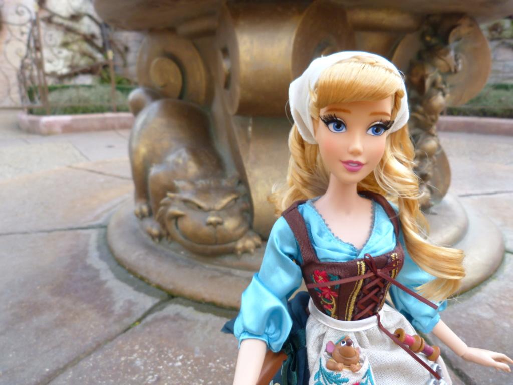 Disney Store Poupées Limited Edition 17'' (depuis 2009) - Page 4 P1720020