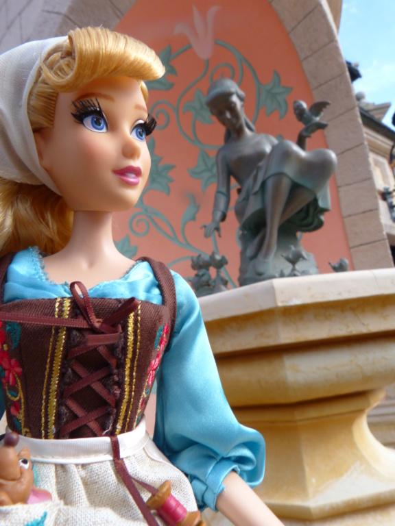 Disney Store Poupées Limited Edition 17'' (depuis 2009) - Page 4 P1720030