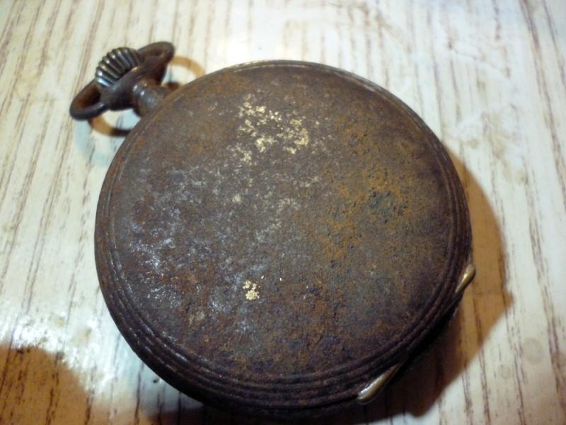 Restauration montre de gousset rouillée P1030811