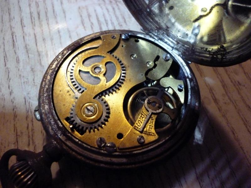 Restauration montre de gousset rouillée P1030812
