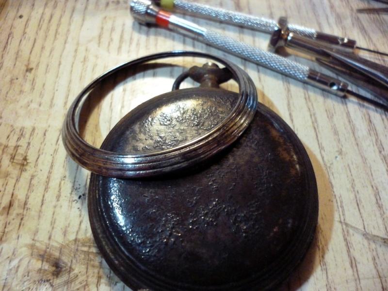 Restauration montre de gousset rouillée P1030818