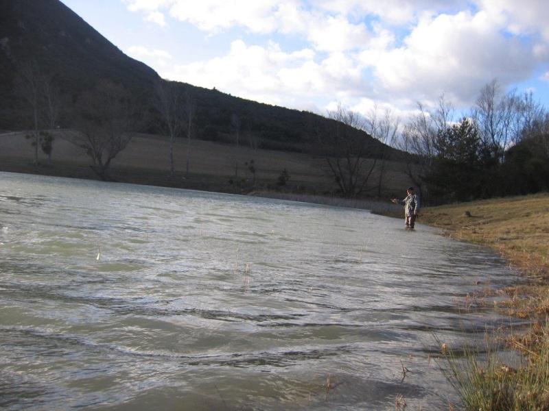 Lignes métalliques pour pêcher dans le vent Img_4911