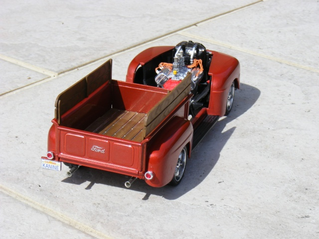 Ford '50 pick up F-1 Custom (suite et fin 10/04) Dscf3027