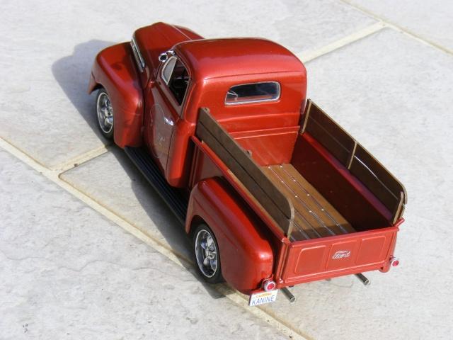Ford '50 pick up F-1 Custom (suite et fin 10/04) Dscf3030
