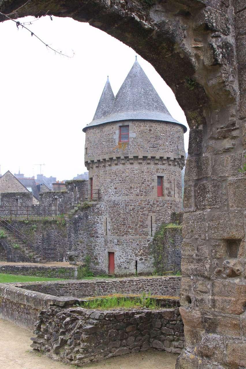 Ballade en ille et Vilaine - Fougères, Vitré et La Roche aux Fées 16051516