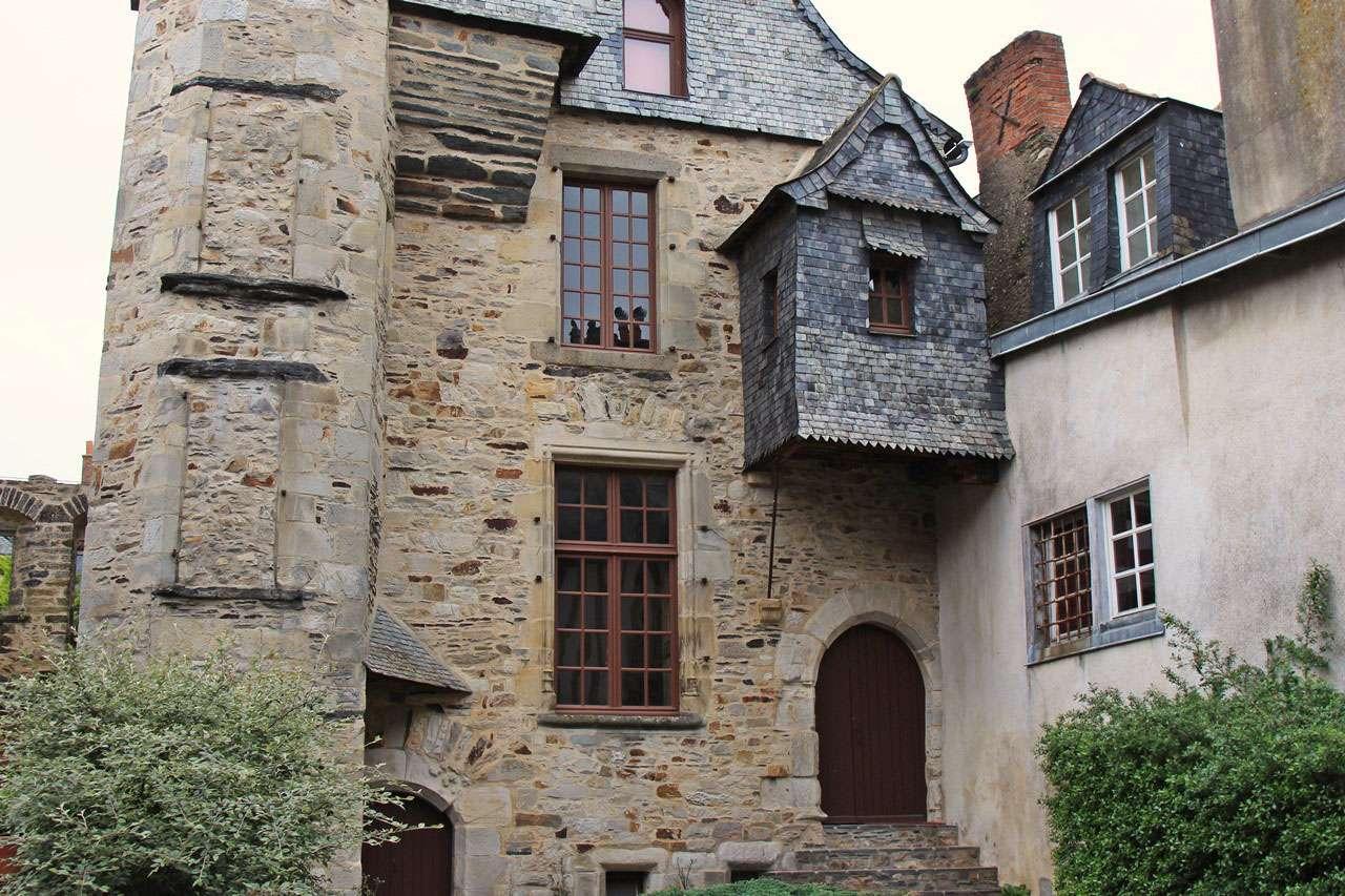 Ballade en ille et Vilaine - Fougères, Vitré et La Roche aux Fées 16051520
