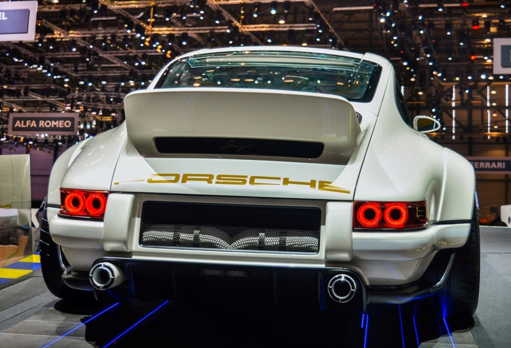 Une Belle photo de Porsche - Page 35 69881410