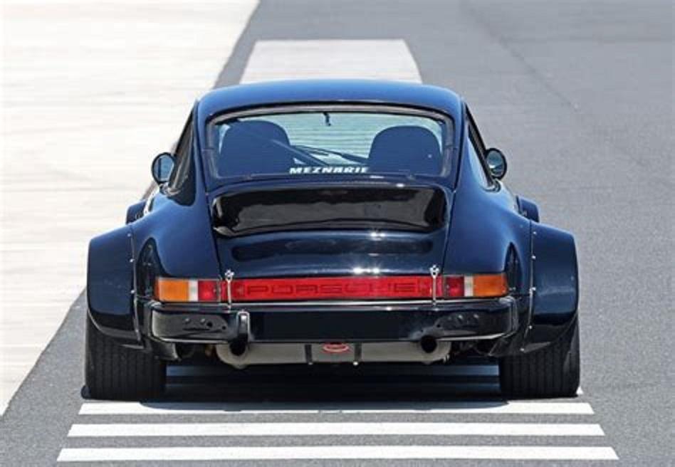 Les célébrités et leur Porsche Extern11