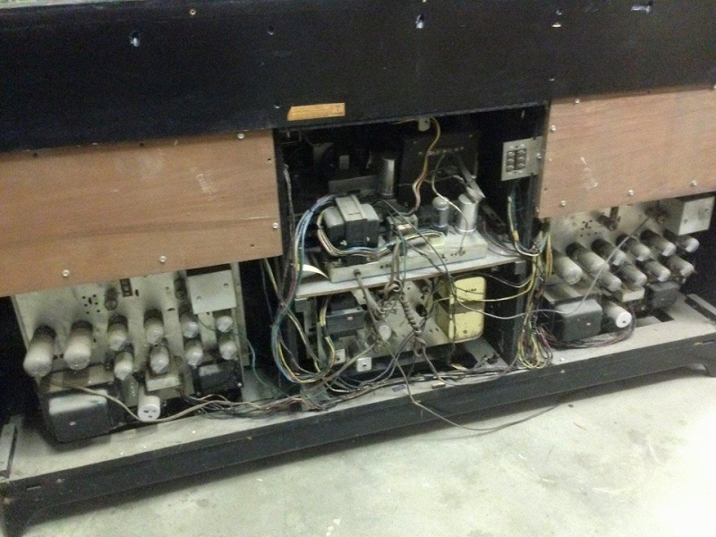 Restoration of a Magnavox Concert Grand model 1ST800F 11040310