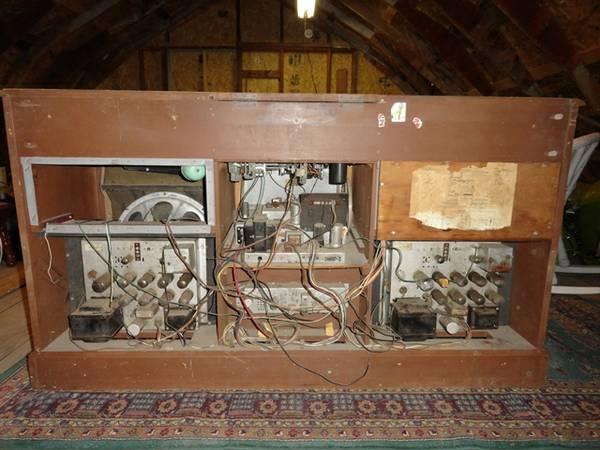 Restoration of a Magnavox Concert Grand model 1ST800F _61_6110