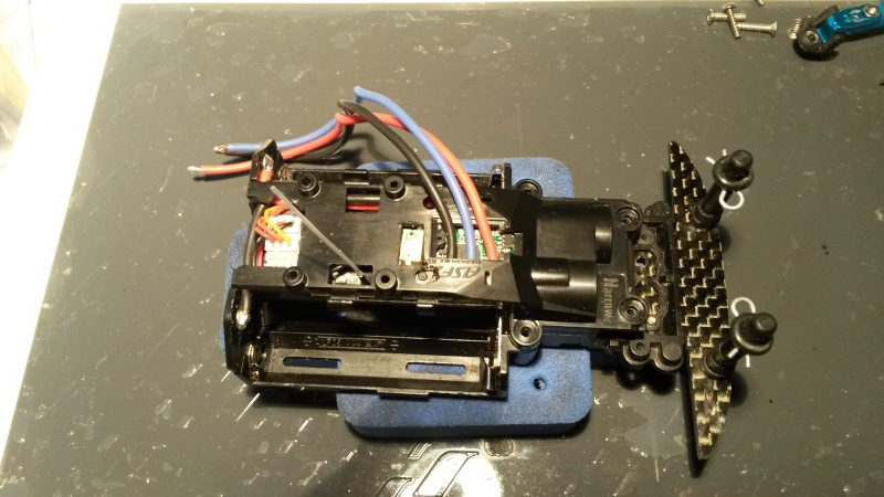 câblage platine servo amz sur mr03  20150410
