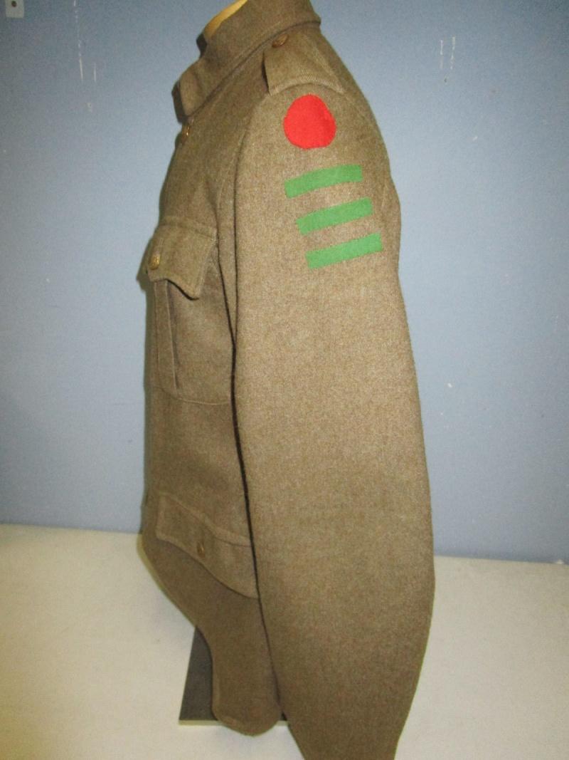 English badge of division. 510