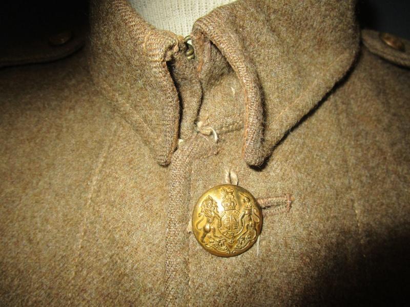 English badge of division. 610