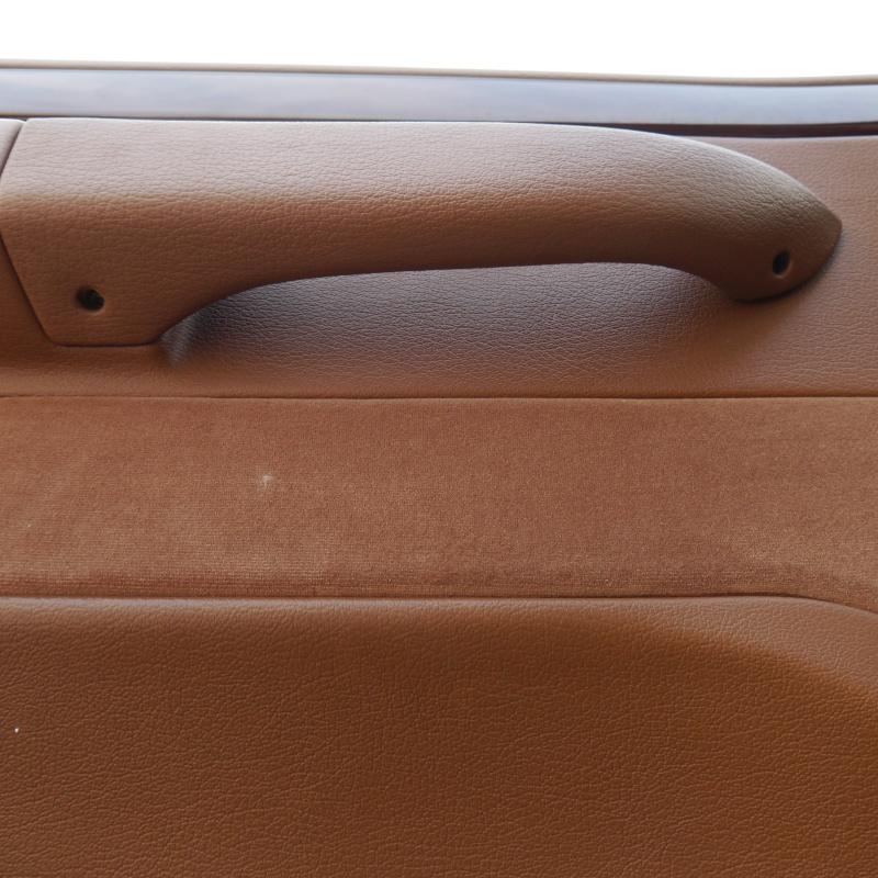 TUTO: Remplacement de la serrure de porte côté chauffeur P1010213