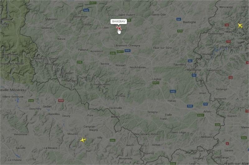 2015: le 22/05 à vers 21h42 - Objet étrange dans le ciel -  Ovnis à Grapfontaine Province de Luxembourg -  Avion310