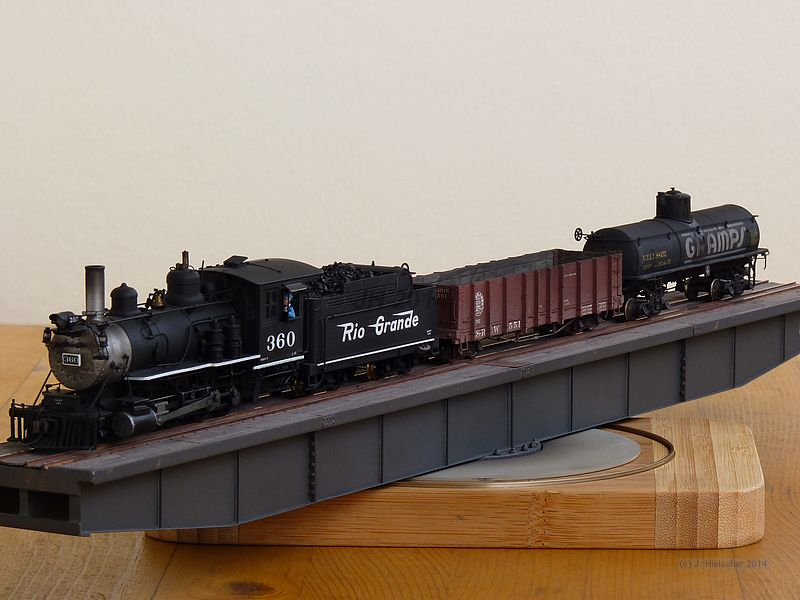 D&RGW Freight Train P1280913