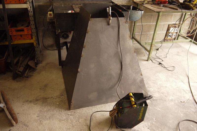 [Construction] Ma forge à charbon - Page 5 P1040720