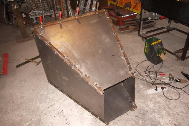 [Construction] Ma forge à charbon - Page 5 P1040721