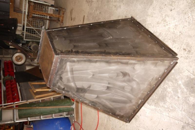 [Construction] Ma forge à charbon - Page 5 P1040724