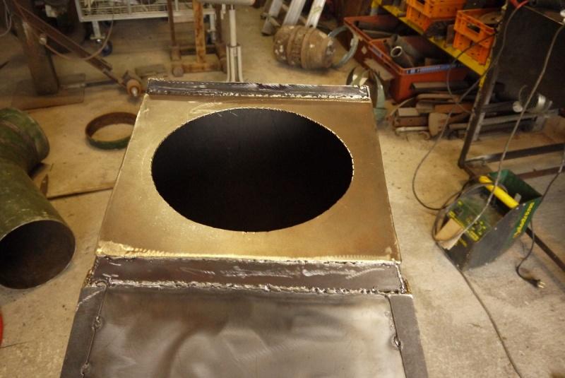 [Construction] Ma forge à charbon - Page 5 P1040727