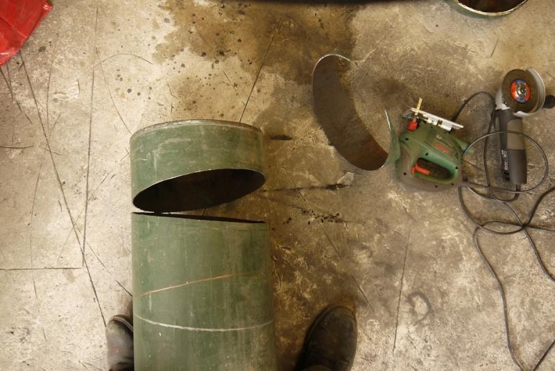 [Construction] Ma forge à charbon - Page 5 P1040734