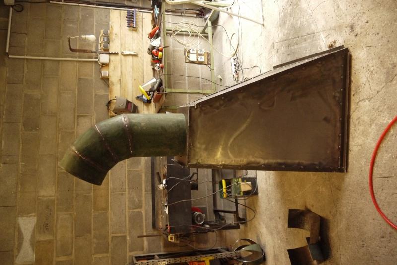 [Construction] Ma forge à charbon - Page 5 P1040742