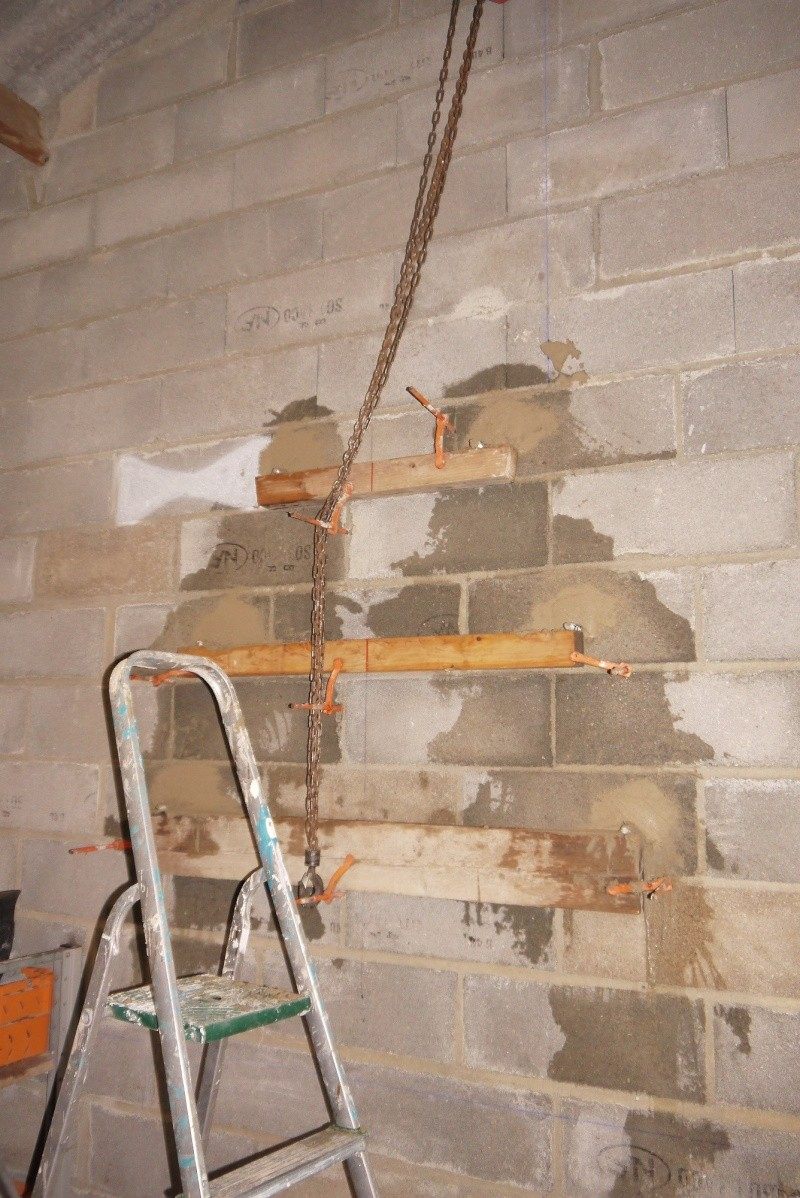 [Construction] Ma forge à charbon - Page 5 P1040753