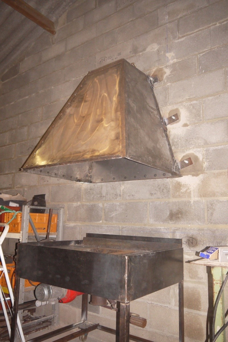 [Construction] Ma forge à charbon - Page 5 P1040757