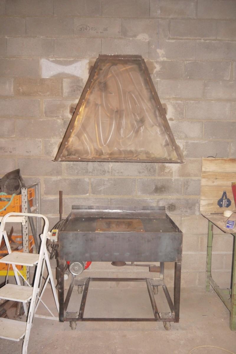 [Construction] Ma forge à charbon - Page 5 P1040758
