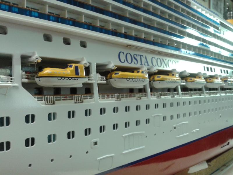 COSTA CONCORDIA - Pagina 16 Foto_c16