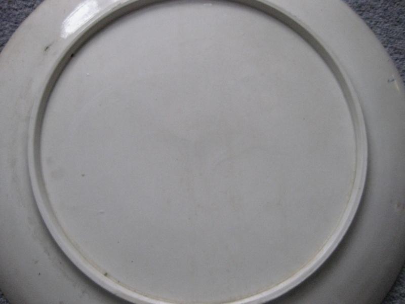 LARGE 15.5 INCH CHARGER - Art Nouveau? Italian Deruta?  Img_3826
